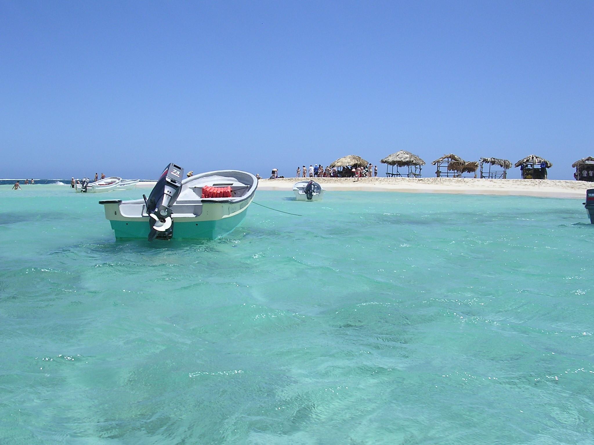 Dominicana de puerto plata 9
